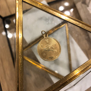 Vintage 14K Yellow Gold Leo Pendant