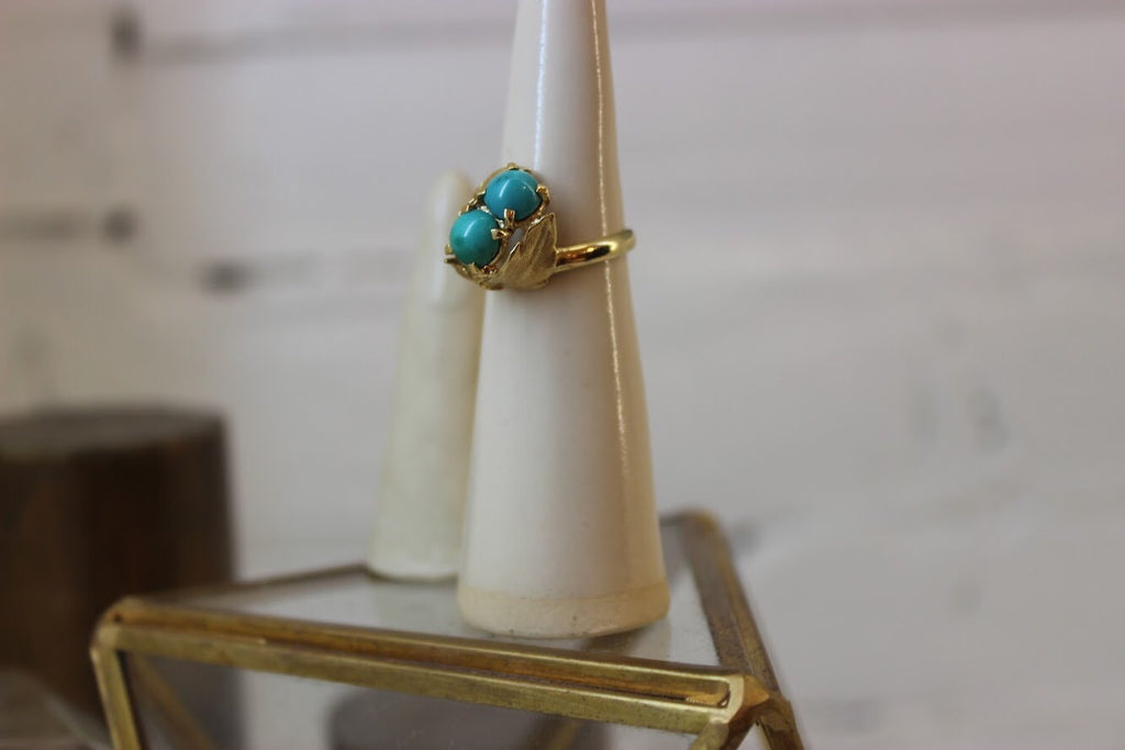 Vintage 14k Yellow Gold Double Turquoise Cabochon Ring