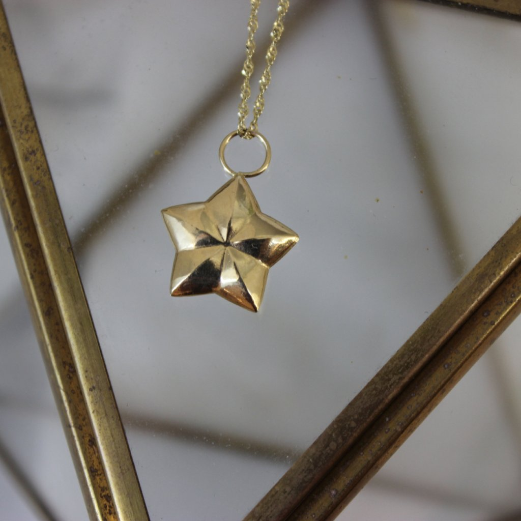 Vintage 14k Yellow Gold 3D Star Pendant