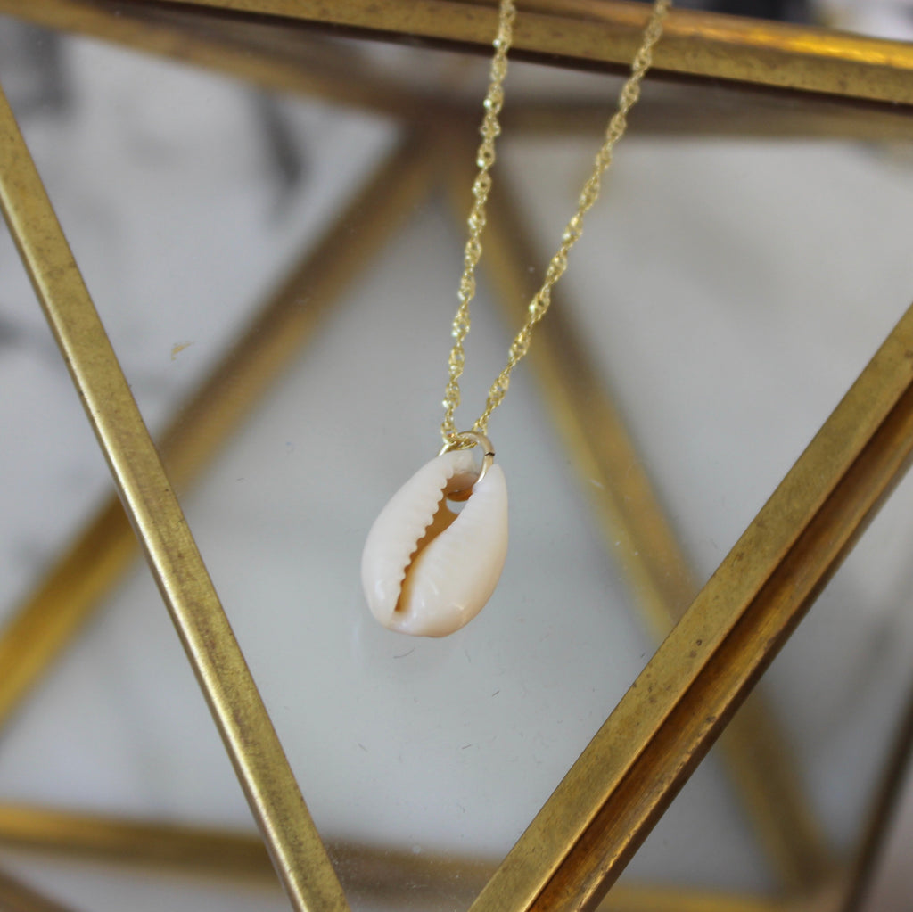 Small Natural Cowrie Shell Pendant