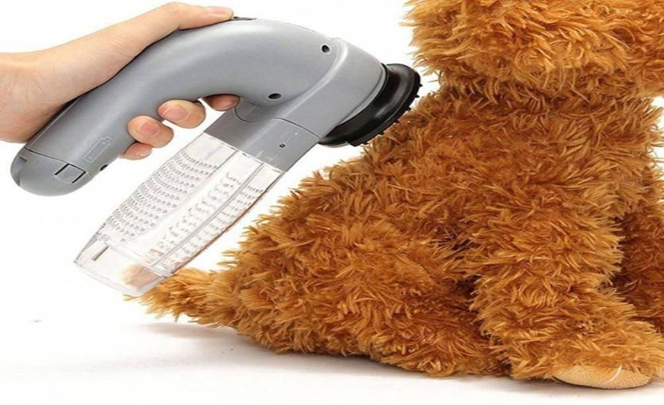The Incredible Cordless Pet Grooming Vacuum