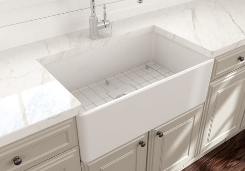 "BOCCHI Classico 30"" Fireclay Farmhouse Apron Single Bowl Kitchen Sink, White, 1138-001-0120 Lifestyle Image 