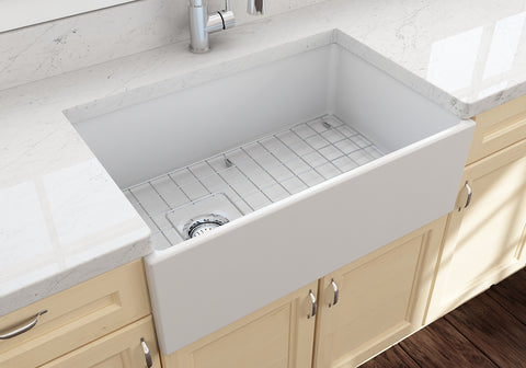 "BOCCHI Contempo 30"" Fireclay Farmhouse Apron Single Bowl Kitchen Sink, Matte White, 1346-002-0120 Lifestyle Image 