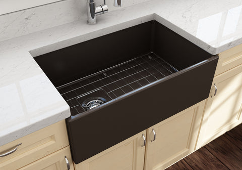 "BOCCHI Contempo 30"" Fireclay Farmhouse Apron Single Bowl Kitchen Sink, Matte Brown, 1346-025-0120 Lifestyle Image 