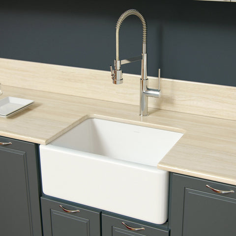 Latoscana 24-IN Fireclay Single Bowl Farmhouse Apron Sink LNR2418W Lifestyle