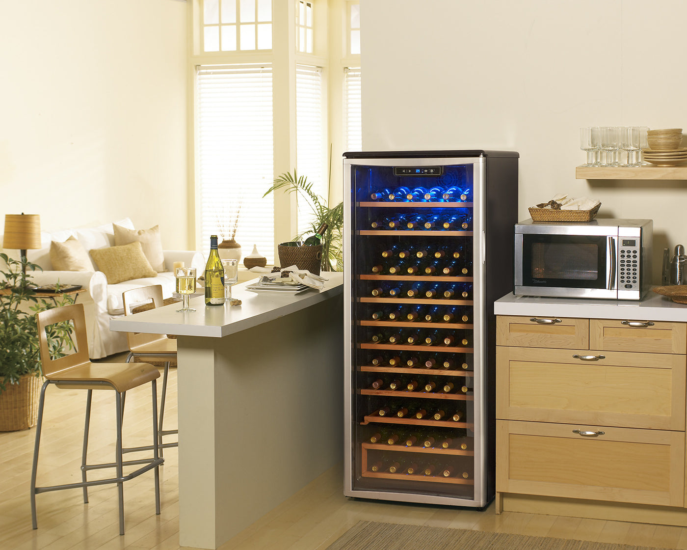 Danby Platinum Wine Cooler 10 6 Cu Ft Dwc106a1bpdd