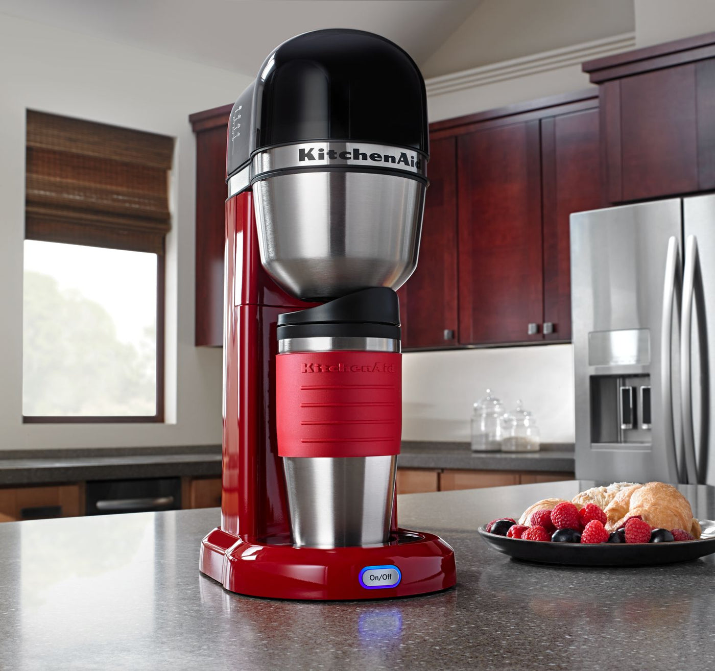 Tremendous Kitchenaid Empire Red Personal Coffee Maker With 18 Oz Thermal Mug Kcm0402Er Home Remodeling Inspirations Gresiscottssportslandcom