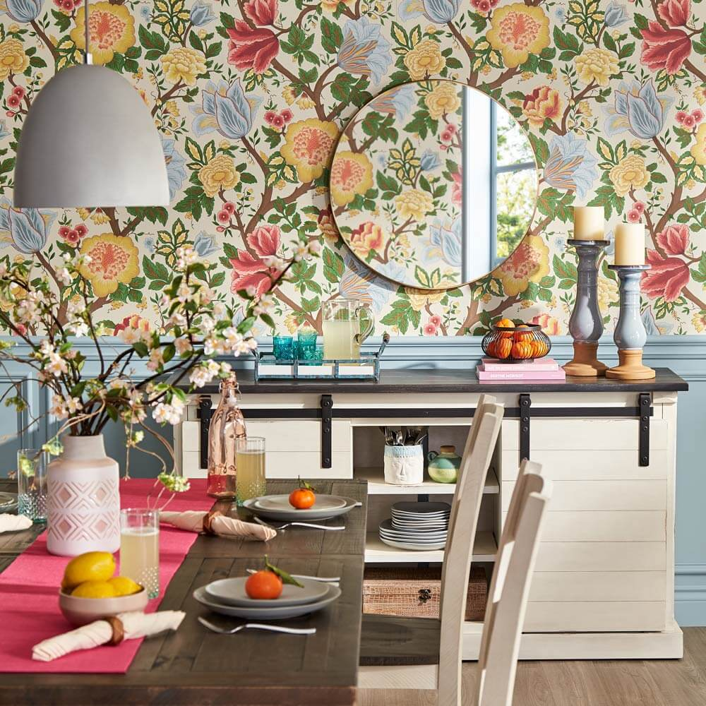 Cottagecore Dining room floral wallpaper.
