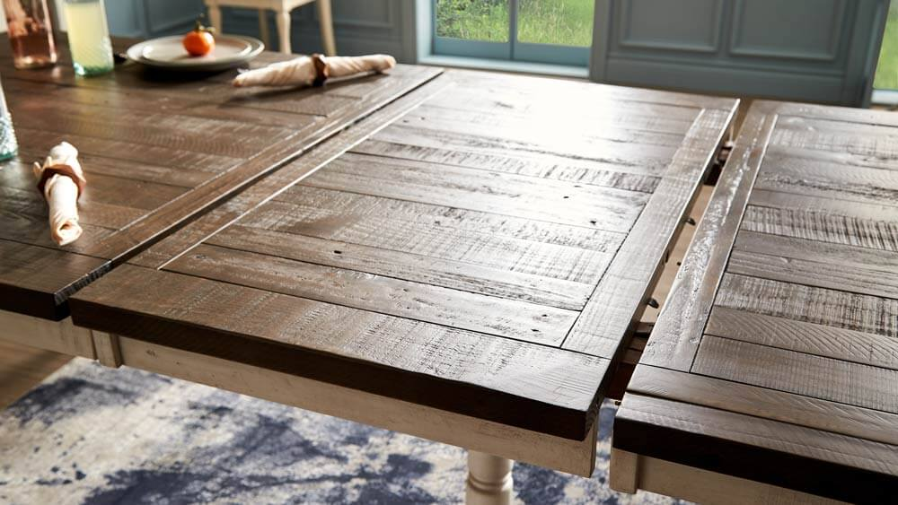Cottagecore dining table.
