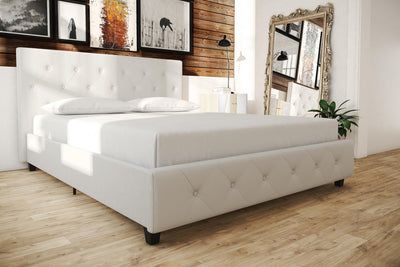 Dana Faux-Leather Upholstered Full Bed - White  |  Lit double rembourré Dana en similicuir - blanc   |  D26UWJG6