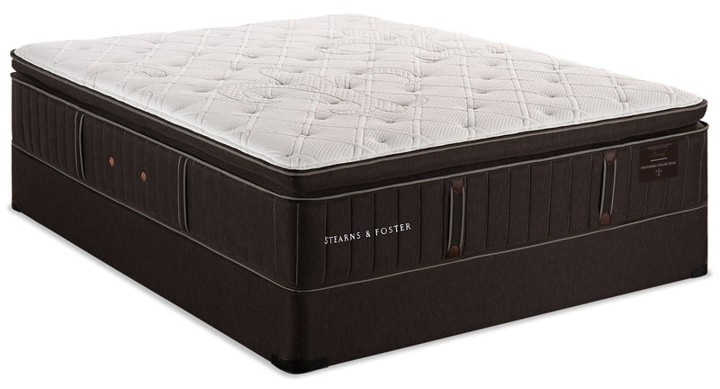 Stearns & Foster Founders Collection Commonwealth Pillowtop Queen Mattress Set|Ensemble à plateau-coussin Commonwealth de la collection Founders de Stearns & Foster pour grand lit