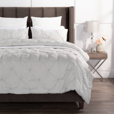 Brianna Light Grey 3-Piece Full/Queen Comforter Set|Ensemble d'édredon Brianna 3 pièces gris clair pour lit double ou grand lit|BRILG3FQ