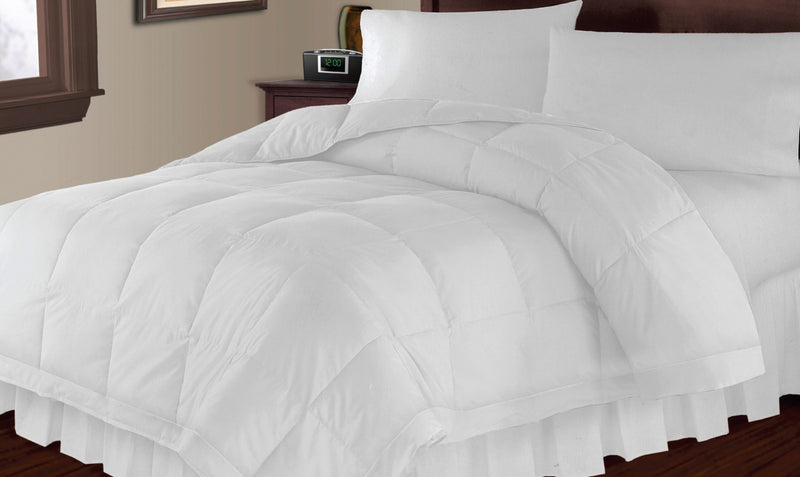 Microfibre Down Alternative Comforter or Duvet Insert – Full/Queen|Édredon ou couette en microfibre, solution de rechange au duvet – lit double et grand lit
