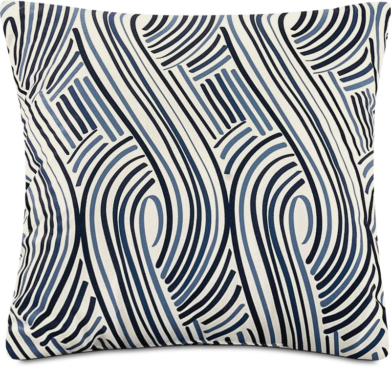 Swizzle Accent Pillow – White, Blue and Black|Coussin décoratif tourbillon - blanc, bleu et noir