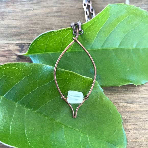 Pointed Leaf Necklace - Woodland Wraps