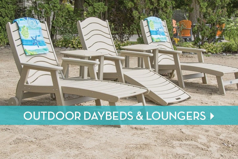Outdoor Daybeds & Loungers
