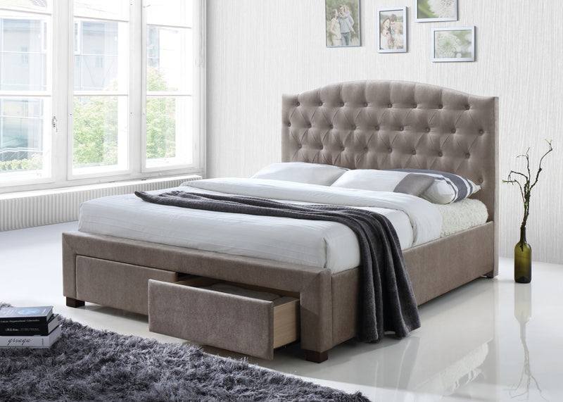 Vacci Queen Platform Bed
