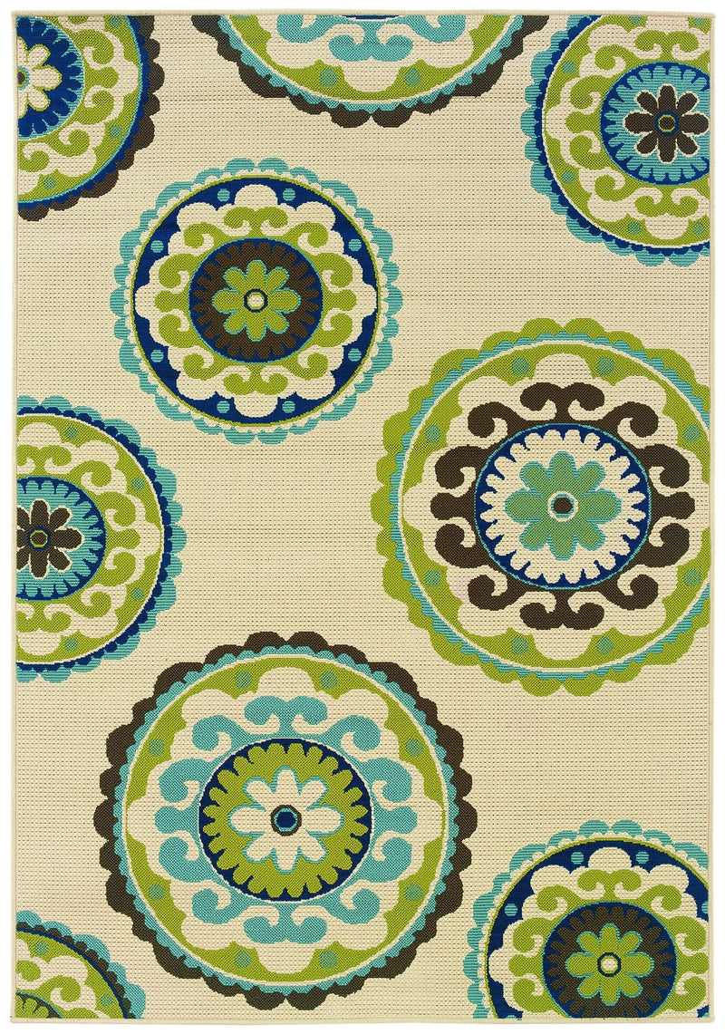 "Lagoon Medallion Area Rug (7'10"" x 10'10"")"