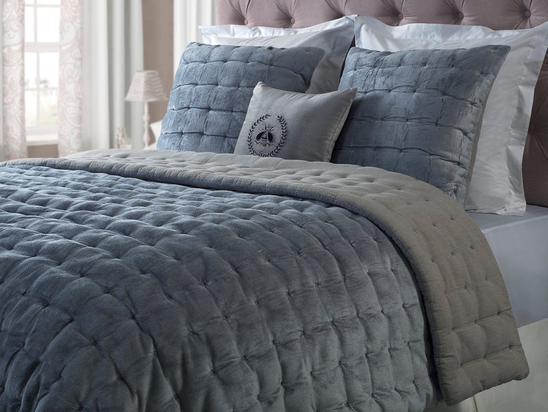 Tori King Quilt - Smokey Blue