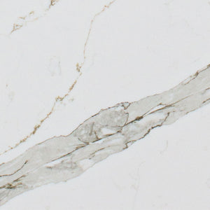 Defined pattern of strong movement with neutral grey veining.