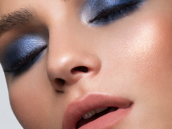 Choosing the right eyeshadow for your eye colour