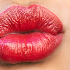 Weightless Lip Color – Electra