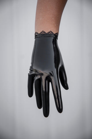 Ann Lace short Latex Glove