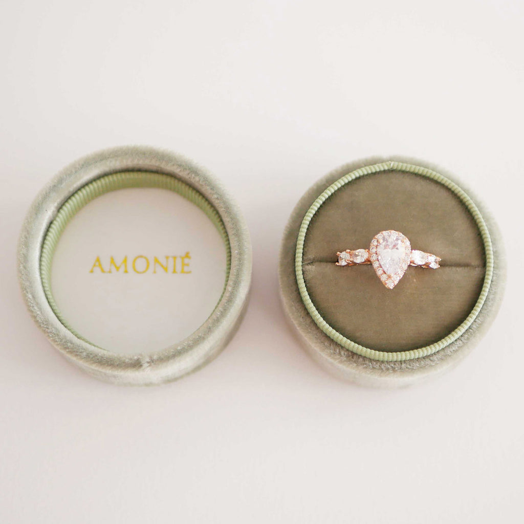Amonie sage velvet ring box with ring from top