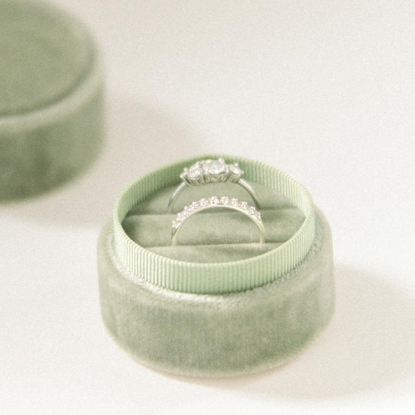 velvet_engagement_ring_box_sage
