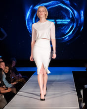 Load image into Gallery viewer, White Mesh Curve Pencil Skirt