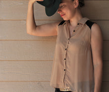 Load image into Gallery viewer, Sleeveless Chiffon Button-Front Top