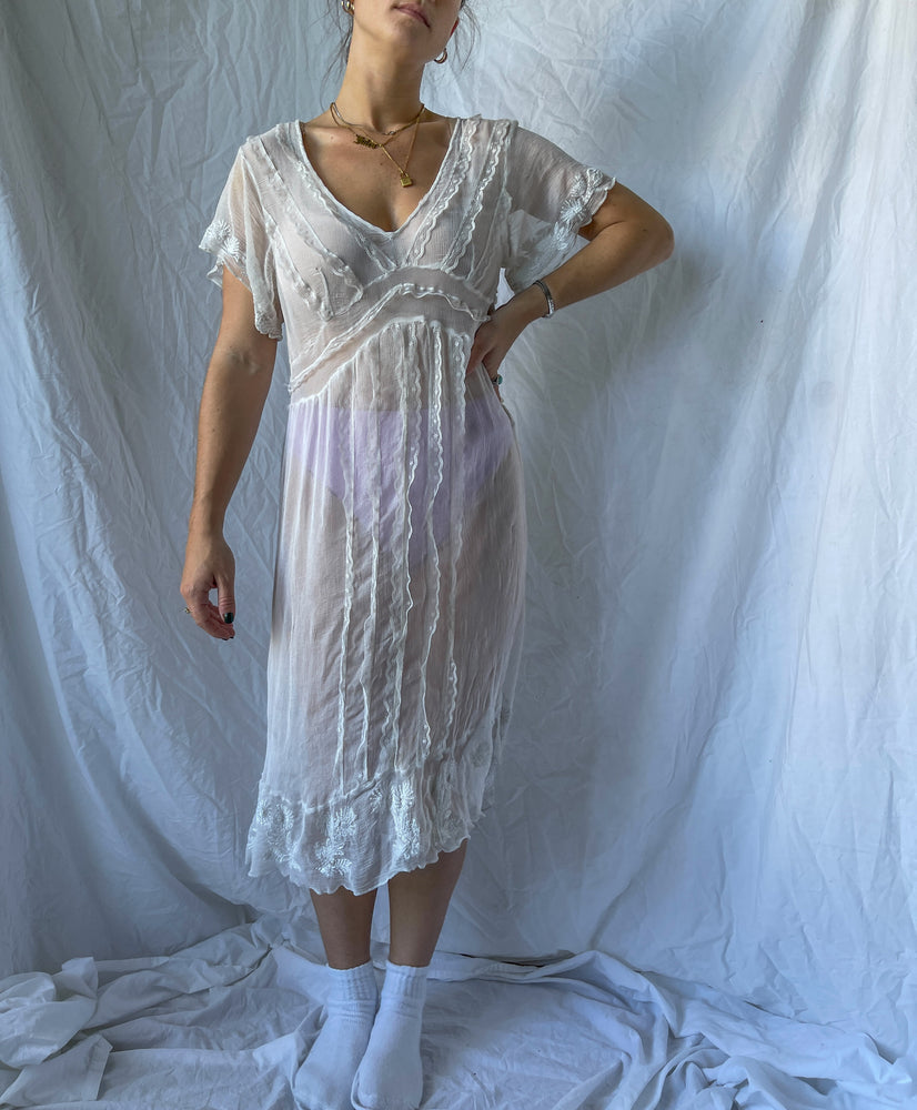 Load image into Gallery viewer, Sheer Gauze Gown