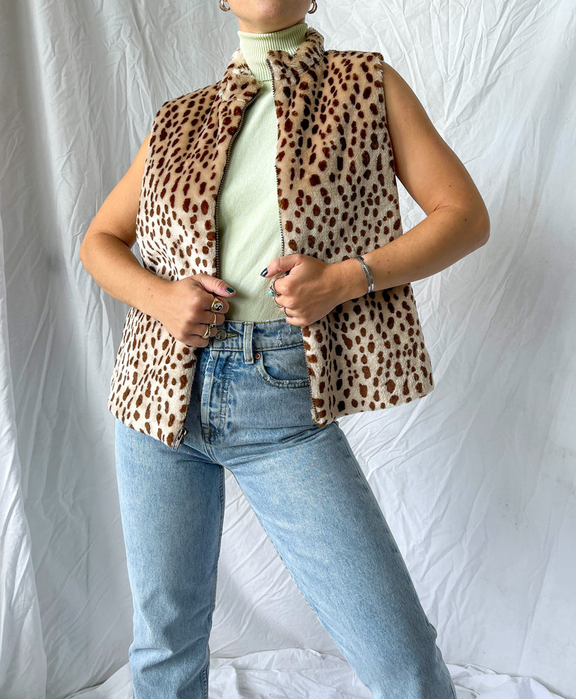 Load image into Gallery viewer, Fuzzy Leopard Vest