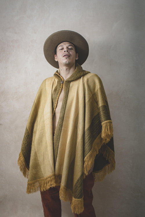 COLORADO STRIPE - Alpaca Wool Artisanal Cape - Natural Rough