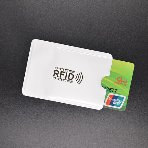 Simple RFID Blocking Credit Card Sleeve