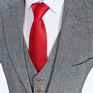The Blanc: Grey Patterned Suit
