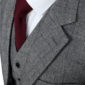 The Laurent: Grey Patterned Suit