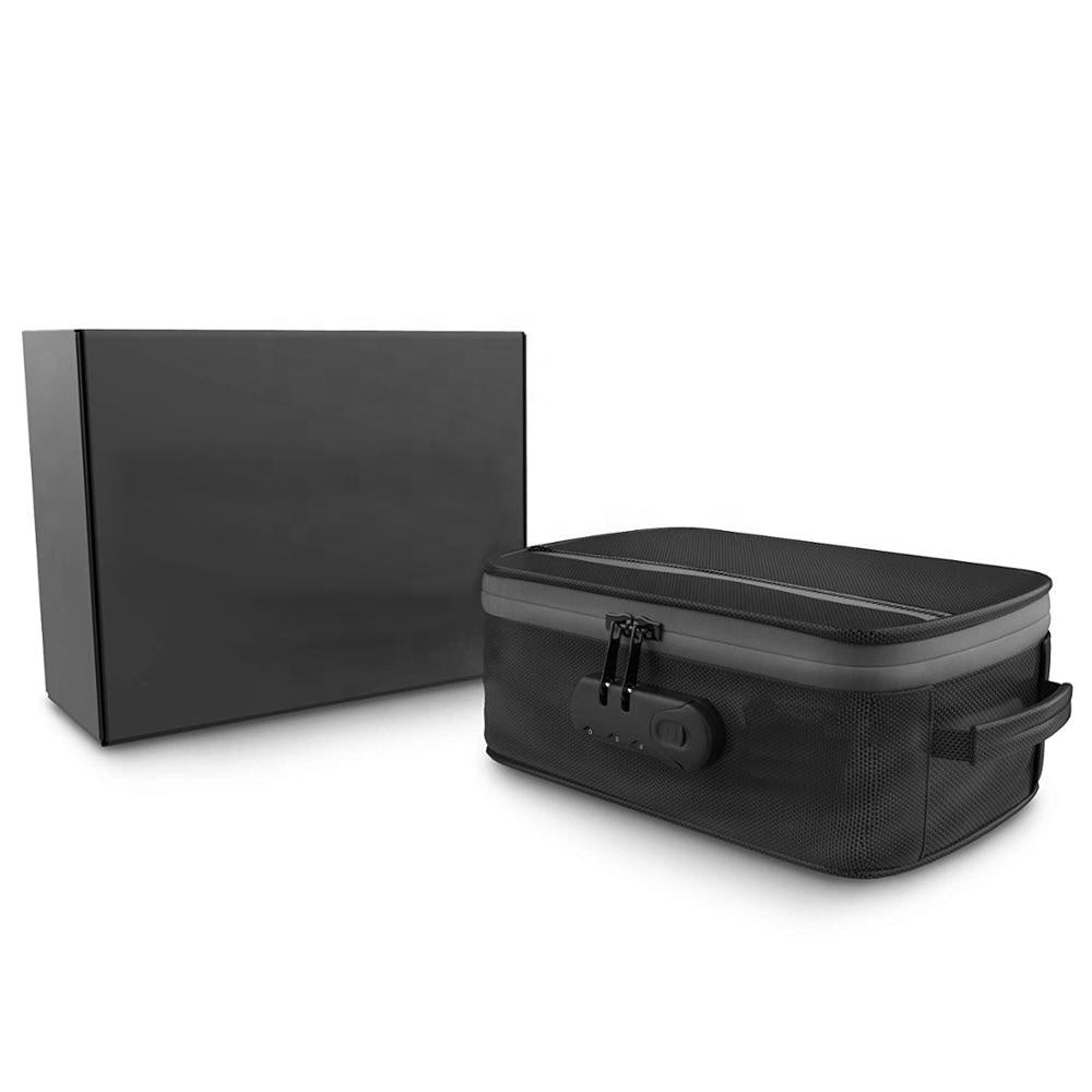 Carbon Lined - Smell Proof - Lockable - Large Lunchbox Sized