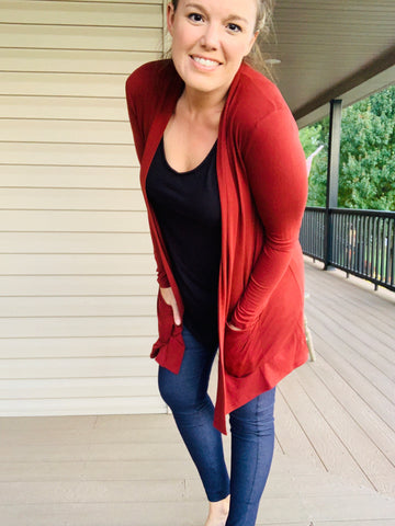 SLOUCHY POCKET OPEN CARDIGAN - BRICK
