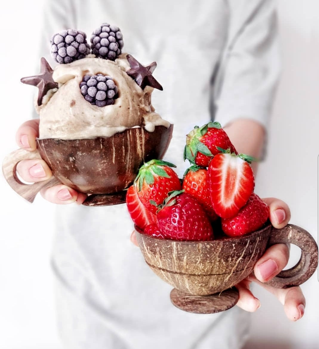 COCONUT DRINKING CUP - RAW : 100% Natural, Eco Friendly, & Organic. Coconut Bowls. Vegan Friendly