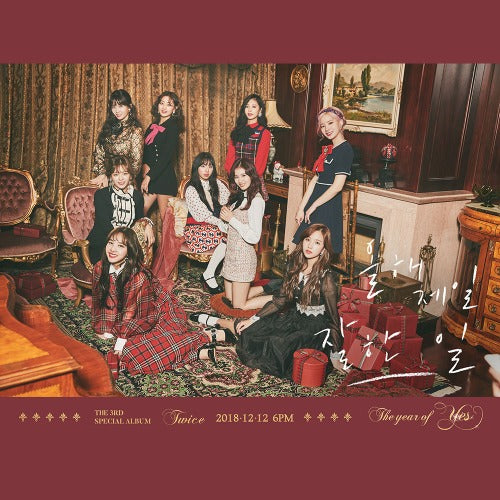 TWICE - The Year Of Yes CD Photobook