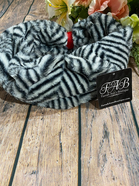 Animal Print Infinity Scarf-Black