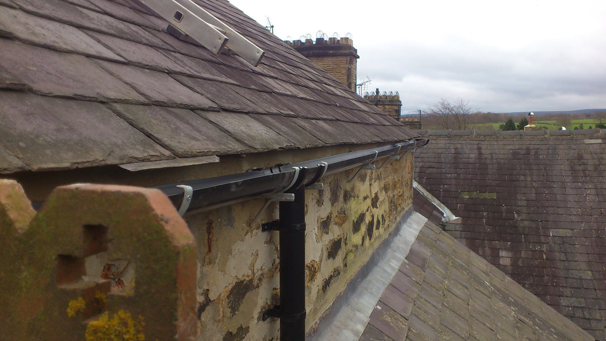 Teesdale Drive In Gutter Bracket For 112mm Round Pvc