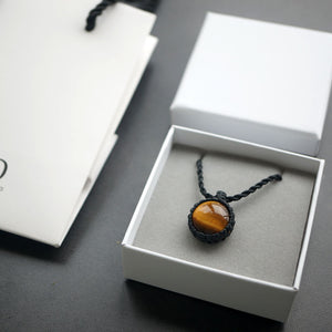 Fabolouz Natural Yellow Tiger Eye Crystal Stone Necklace
