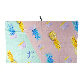 Cheilo Beach Towel
