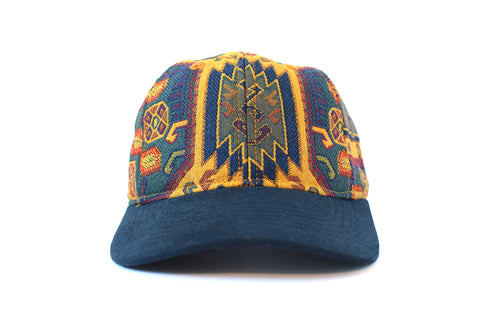 Idlib Azul Six Panel Hat