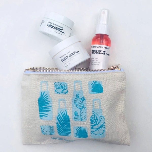 """TAKE FLIGHT™"" TRAVEL ESSENTIALS SKINCARE KIT"