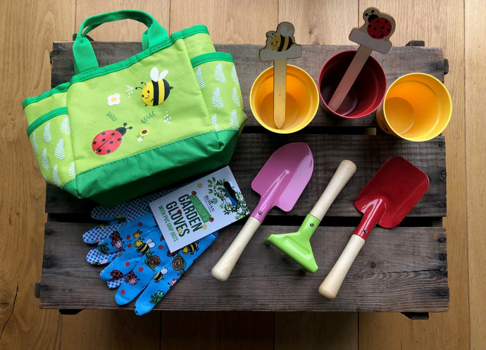 Children's garden tool set & bag