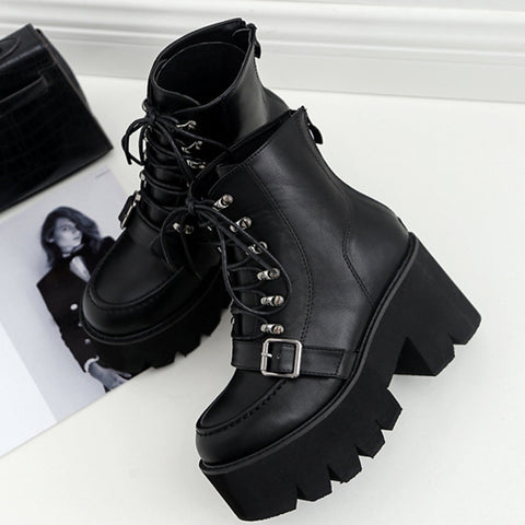Buss Lace up Platform Boots