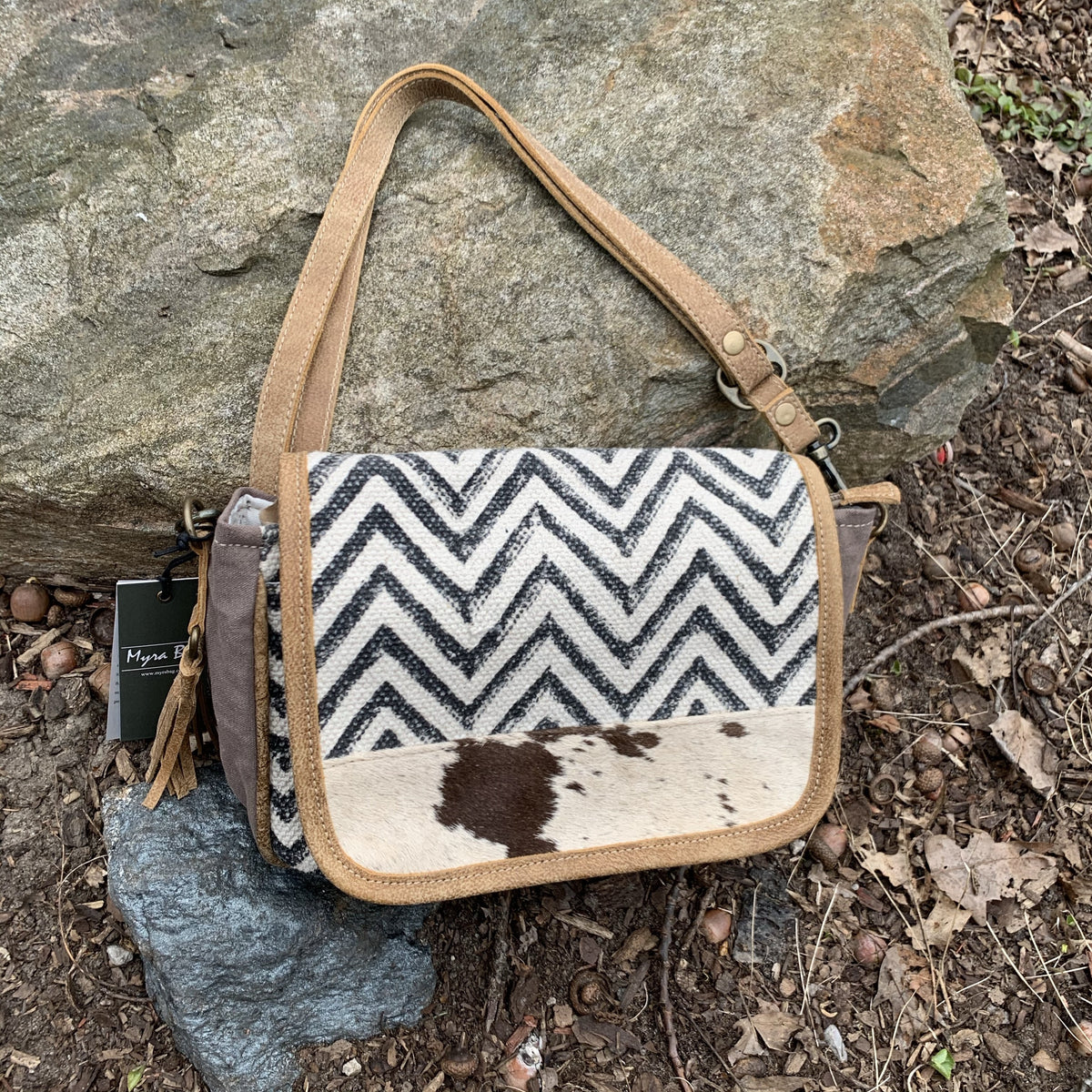 Myra Artistic Shoulder Bag